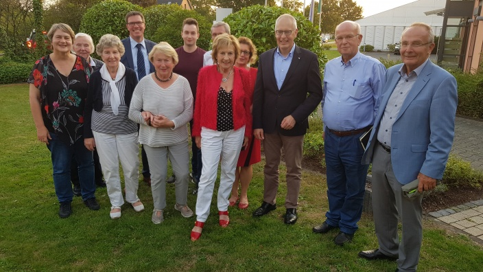 Bundestagsabgeordneter und Landrat zu Besuch bei der SU – Leichlingen